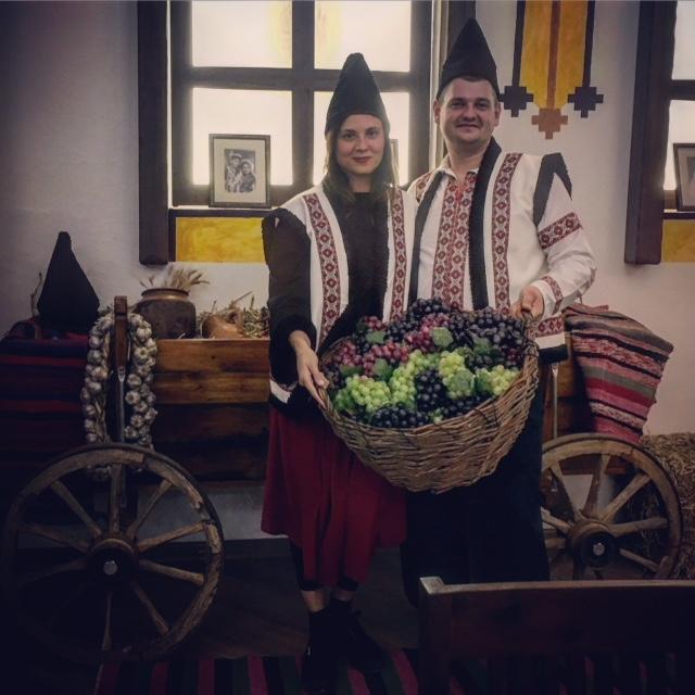 Costumi tipici Modavia