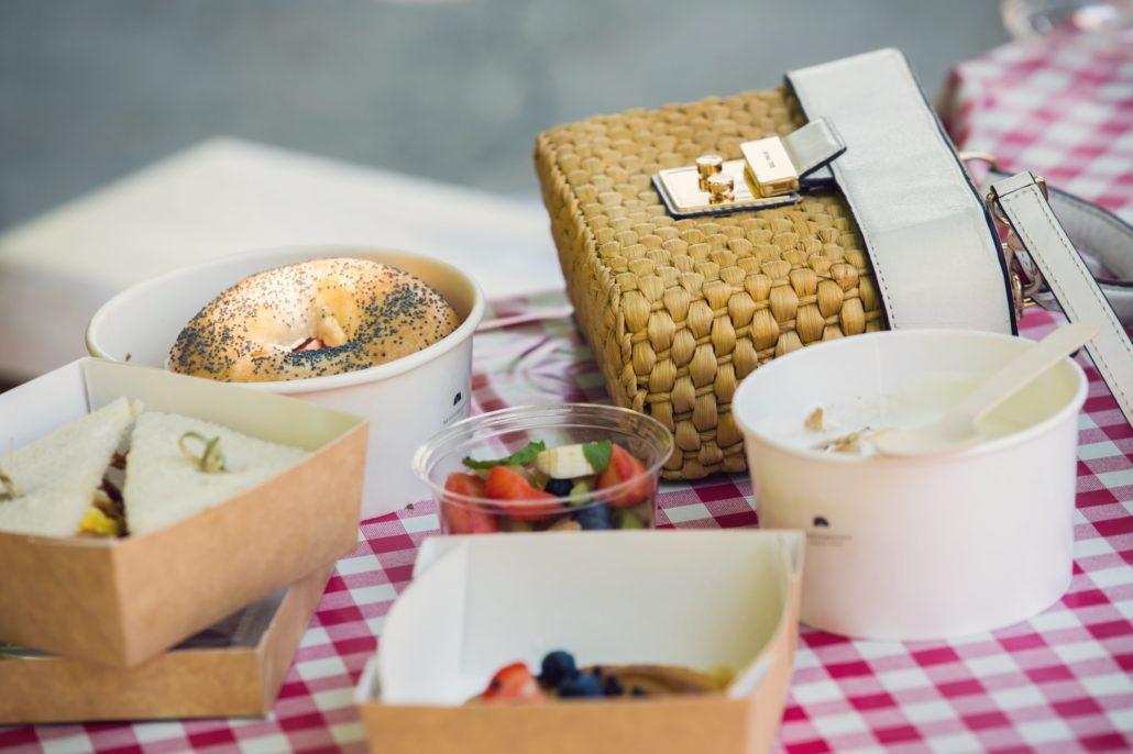 MEDÏTERRANERO. Ristorante e Giardino con formula picnic
