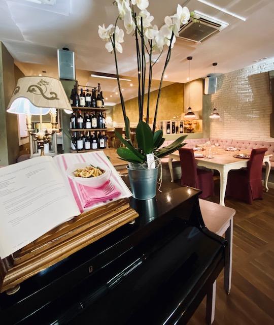Il pianoforte del ristorante Gli Ulivi