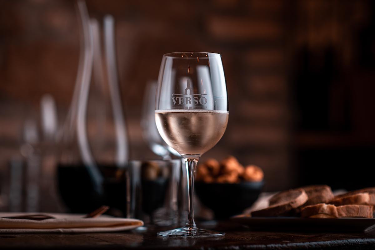 Calice di vino Enoteca Verso Roma